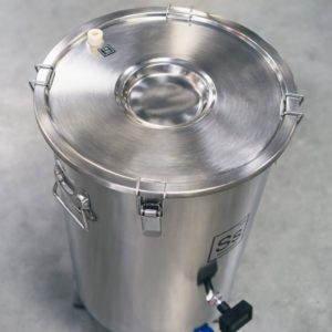 SS BrewTech 7 gal | Brew Bucket Brewmaster Edition Fermenter - lid and stopper